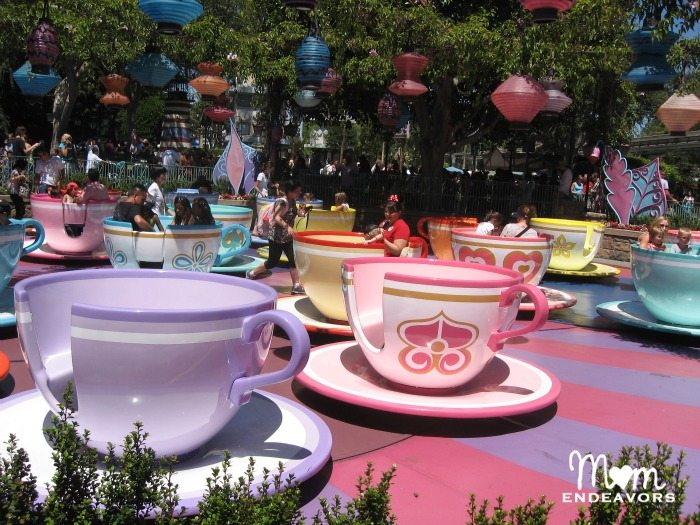 Disneyland Rides and Attractions For Tweens - Mad Tea Party
