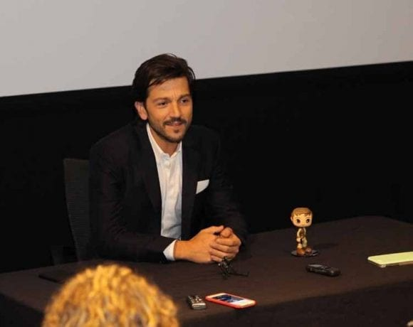 EXCLUSIVE Interview with Diego Luna from Rogue One