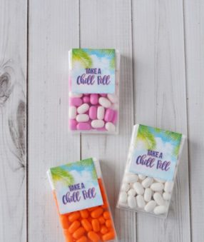 If you're looking for an easy Fish Extender craft, this Tic Tac Box DIY Fish Extender is adorable and so easy!
