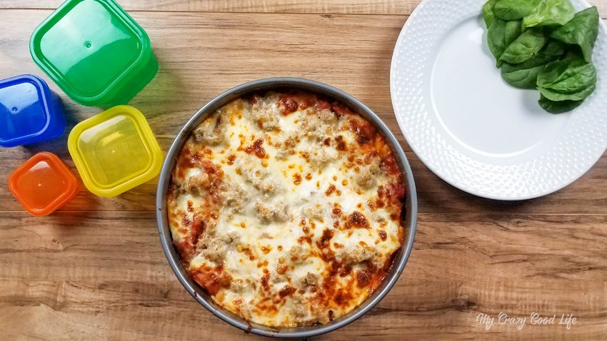 If you're looking for a healthier lasagna recipe, this easy Instant Pot Recipe is the one for you! It's also 21 Day Fix | Clean Eating friendly! | 21 Day Fix Lasagna | Healthy Lasagna | Healthy Instant Pot Lasagna #21dayfix #healthydinner #lasagna