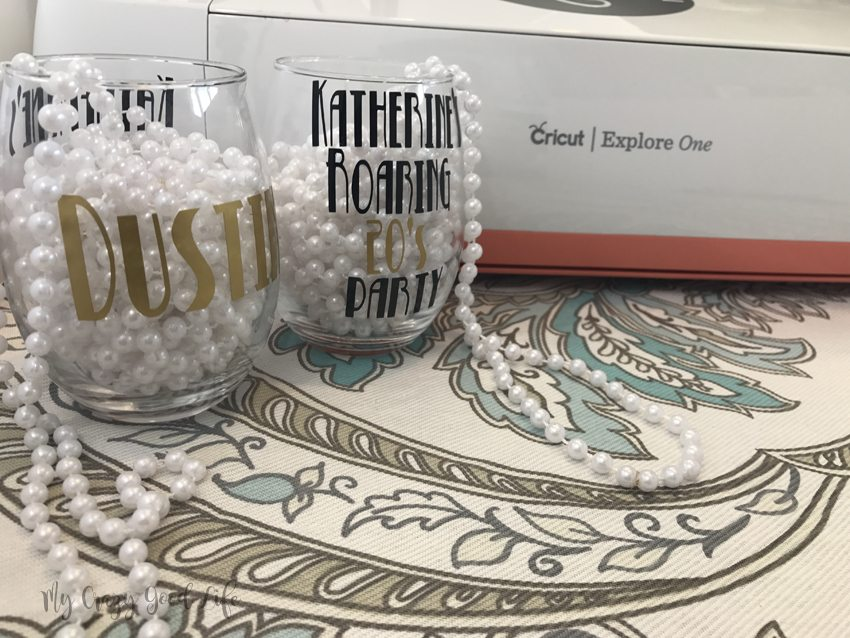 It's showtime! Cricut party favors are excellent. They look great, like these roaring 20s party favors, and they are a so much fun to make!