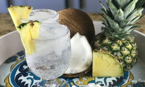 Low calorie cocktails are kind of the dream right? A good one, like this 100 calorie pina colada, are packed with flavor but they leave the added sugar, calories, and fat at home. Have you tried a LaCroix cocktail yet?