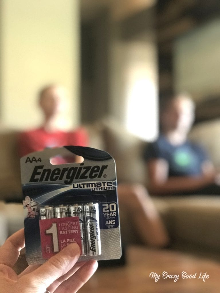 We prefer Energizer Lithium batteries–they are the best batteries for gaming controllers–they are long lasting, leak resistant, and don't drop off in power towards the end of their life.