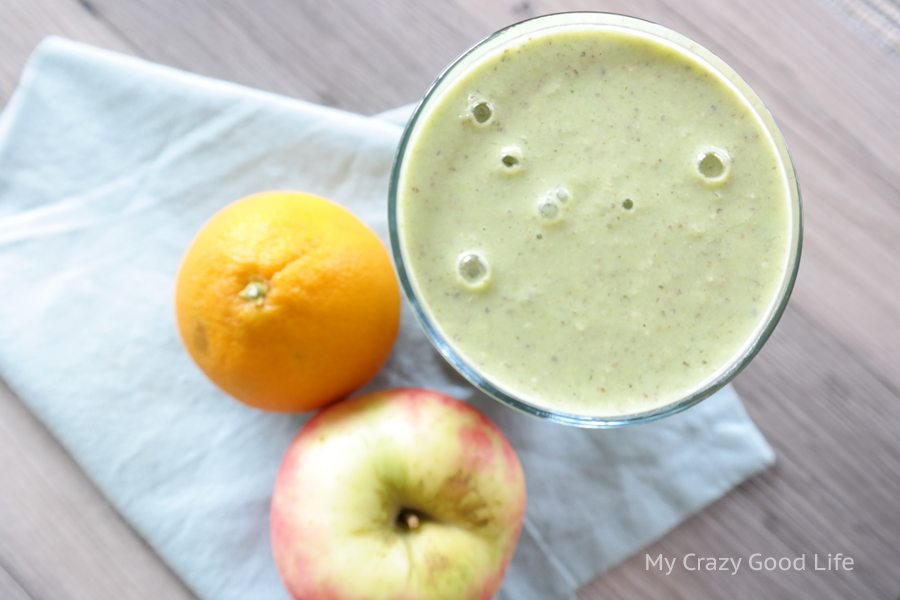 This 21 Day Fix Green Breakfast Smoothie is the perfect quick breakfast recipe! 21 Day Fix Smoothie   21 Day Fix Breakfast Recipe   Green Smoothie Recipe