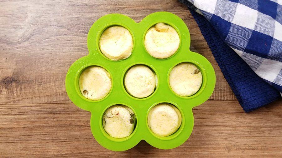 remove sous vide egg bites from instant pot