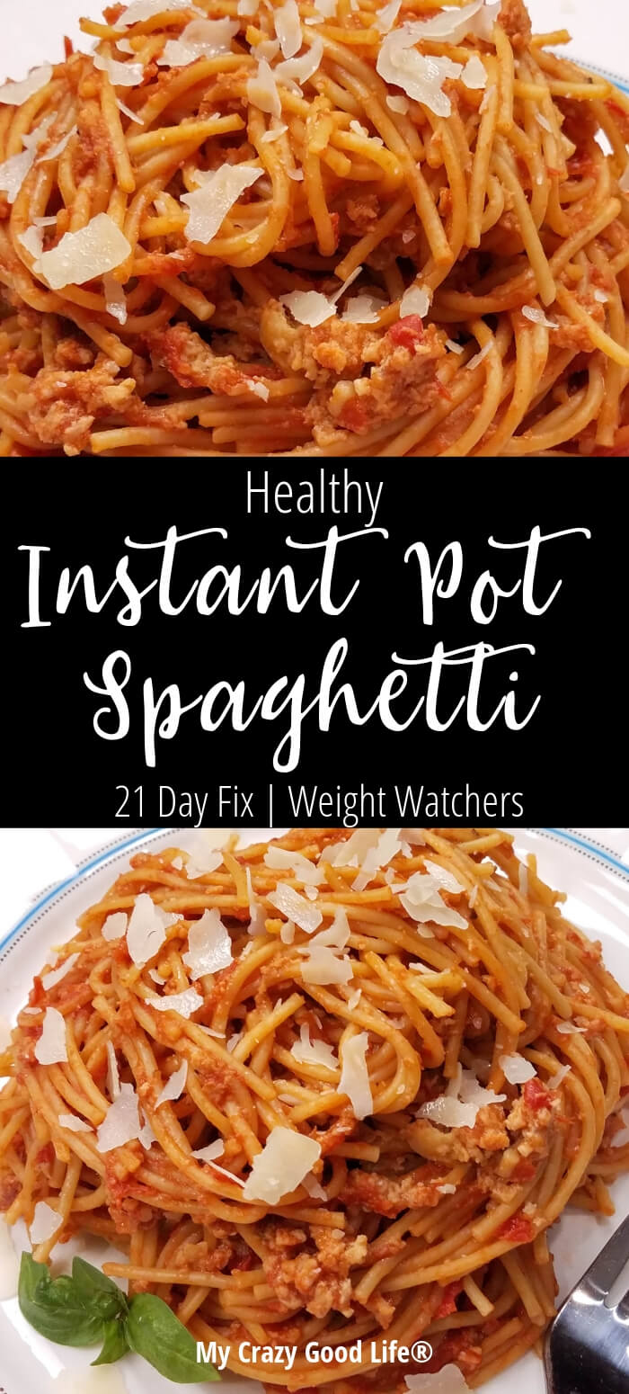 This healthy Instant Pot Spaghetti is a quick weeknight meal! Whole grain pasta with no sugar spaghetti sauce makes for a delicious family dinner recipe. 21 Day Fix Pasta | Best Spaghetti Recipe | 21 Day Fix Spaghetti