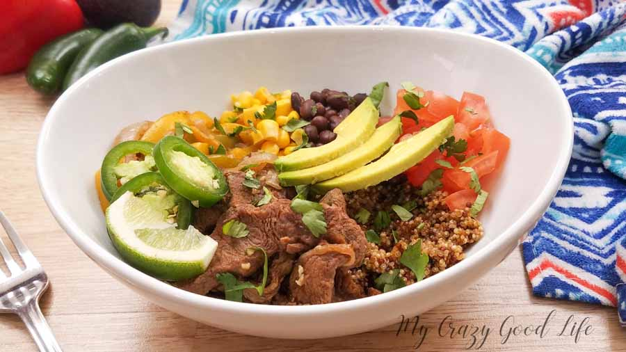 Beef fajita bowls are an easy way to eat a balanced and healthy meal. I love that I can make these in the crockpot, Instant Pot (or other pressure cooker), or on the stove! Quinoa Fajita Bowls | Healthy Fajita Bowls | Healthy Dinner Recipe | Healthy Instant Pot Recipe | 21 Day Fix Mexican Recipe | 21 Day Fix Dinner #21dayfix #beachbody #healthy #instantpot #easy #dinner