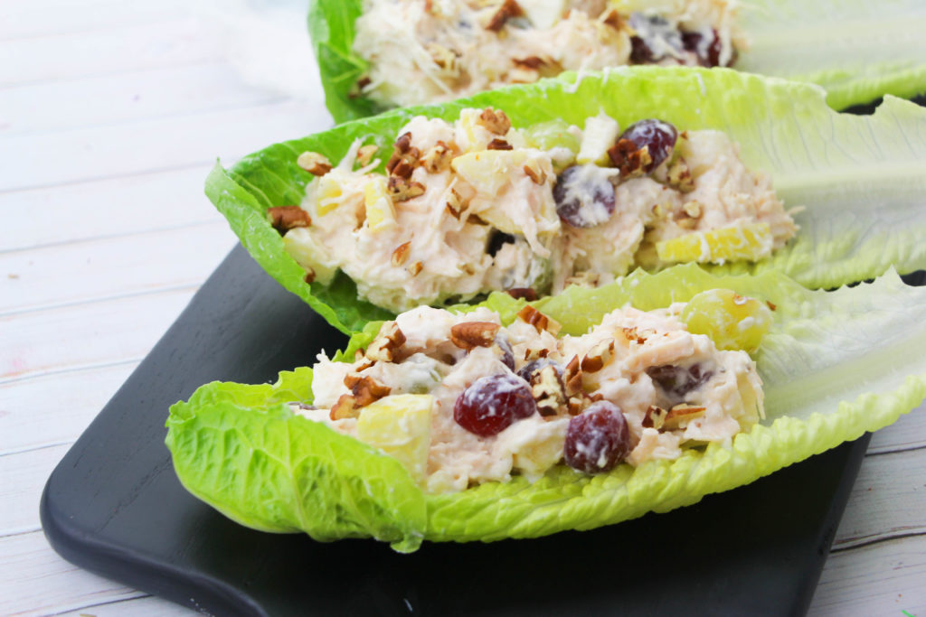 The 2B Mindset program is new from Beachbody! It's a unique approach to managing cravings and making smart choices at every meal. When lunchtime rolls around you don't want to be caught off guard. Here are some 2B lunch recipes that will help keep you on track! These are great 2B Mindset lunch ideas that you can save and work into your meals plans. #2BMindset #2Bmindsetlunches #beachbody #recipes
