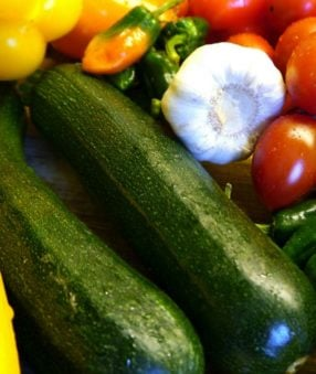 Vegetables are a big part of the 2B Mindset program. They should be our first bite at each meal and included on every plate of the day. These 2B Mindset vegetable recipes will make sure you don't get bored with fresh or steamed plain varieties!#2BMindset #21DayFix #21dfx #vegetables #recipes #healthyrecipes