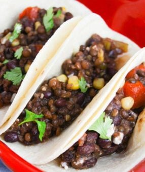 Instant Pot lentil tacos are a healthy dinner option! They're a great vegetarian taco recipe that is filling, fresh, and flavorful! The whole family will love these healthy lentil tacos.Lentil Tacos | Instant Pot Lentil Tacos | IP Tacos | Vegetarian Tacos #21DayFix #21DFX #2BMindset #healthyrecipes #dinnerrecipes