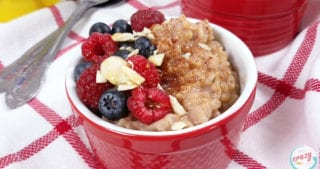 This Healthy Rice Pudding uses almond milk and cinnamon for a hearty and satisfying taste. Make it in a crockpot, the Instant Pot, or on the stove for a delicious and easy breakfast recipe. Easy Brown Rice Pudding | Instant Pot Rice Pudding | Crockpot Brown Rice Pudding | 21 Day Fix Brown Rice Pudding | Easy Brown Rice Pudding | Instapot Brown Rice Pudding #21dayfix #instantpot #pudding