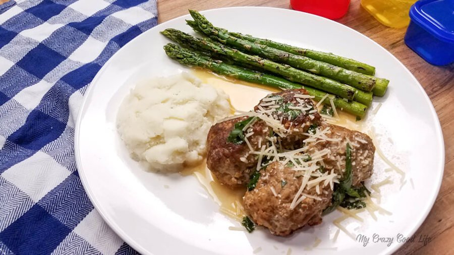 Swedish meatballs with potatoes and asparagus