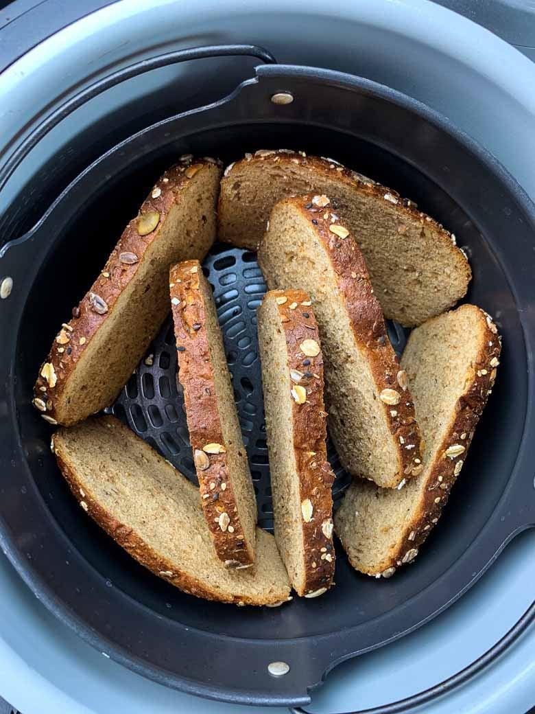 wheat bread inside Ninja Foodi
