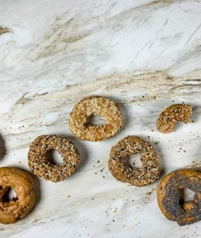 several bagels in countertop