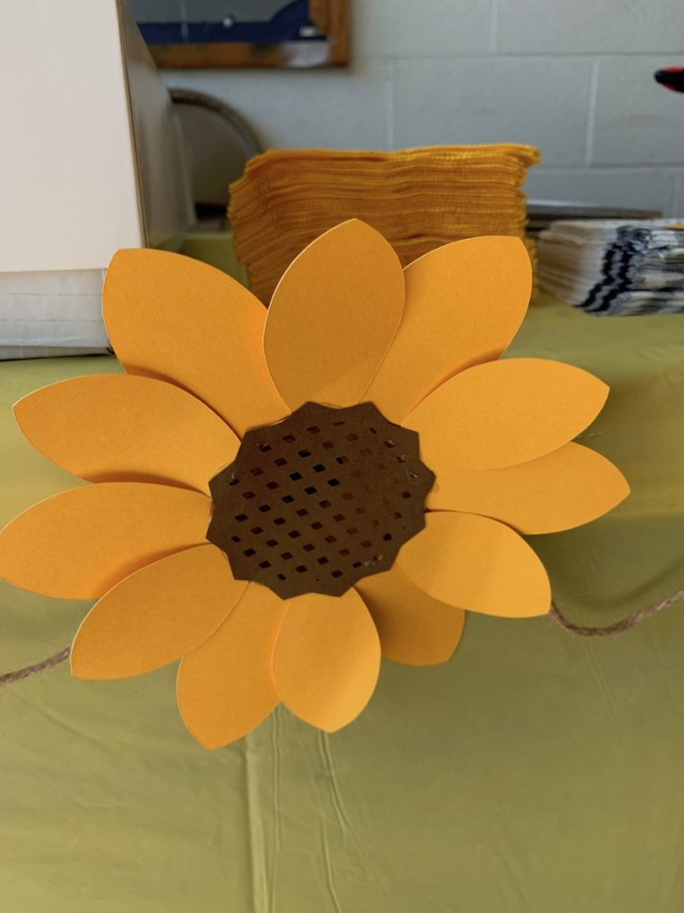 Cricut sunflower svg project