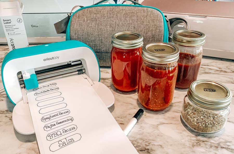 cricut joy with spice labels and jars